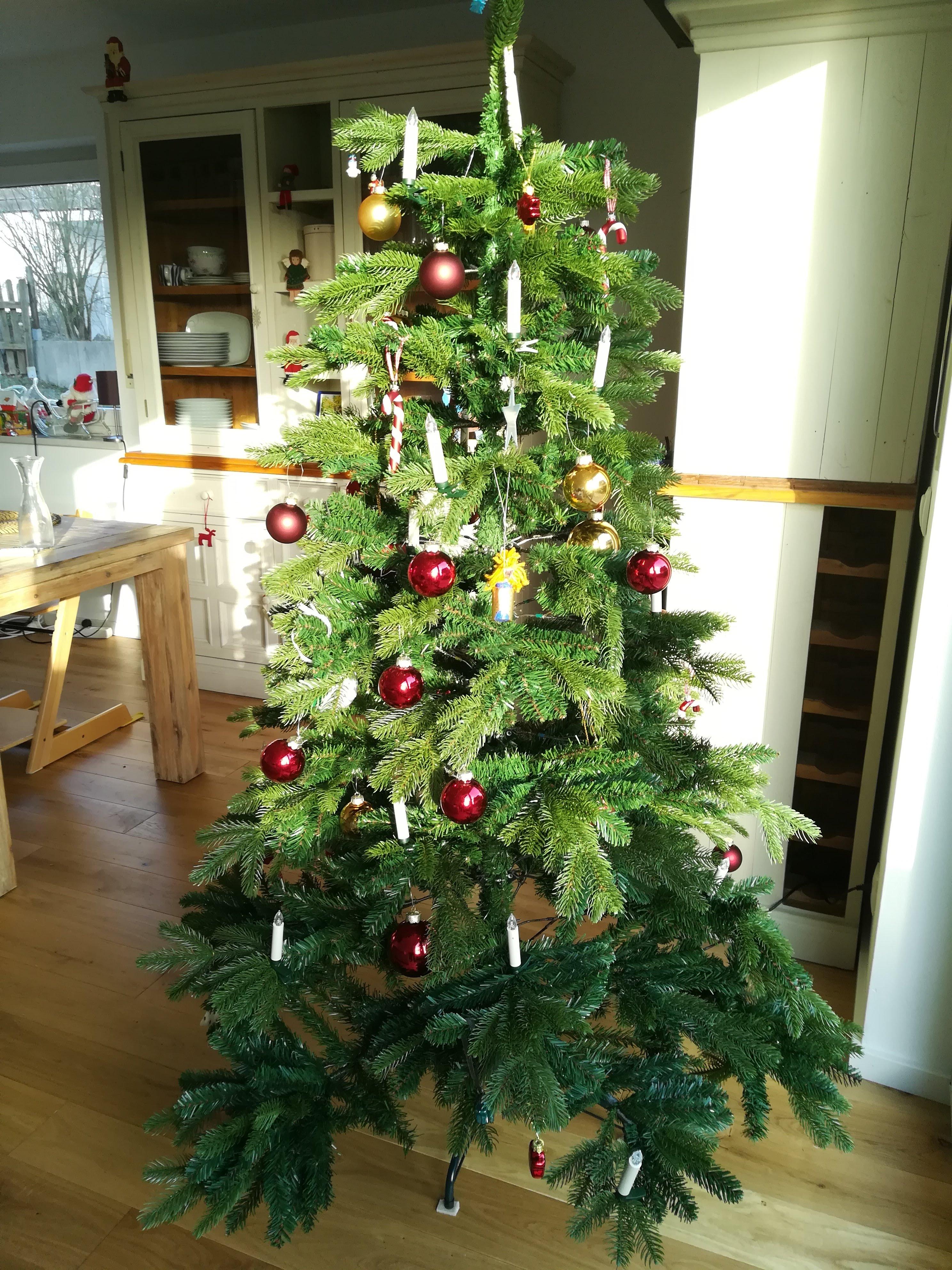 Nosso pinheirinho de Natal artificial